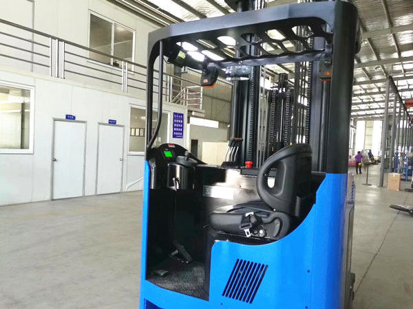 2T Electric Reach Truck , 2.5T Narrow Aisle Reach Truck With Leaning Back Function