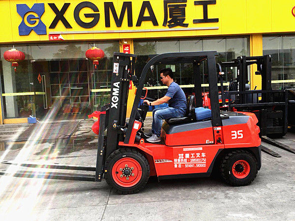 Counterbalance 4WD 3.5 Ton Diesel Forklift Truck Material Handling Equipment